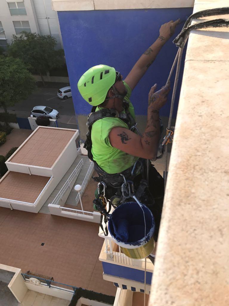 Trabajos verticales valencia vertikalmayo trabajos en altura - Albaniles en valencia ...