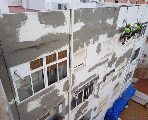 rehabilitacion patio de luces, trabajos verticales valencia, rehabilitación de edificios, fachadas, reformas de fachadas