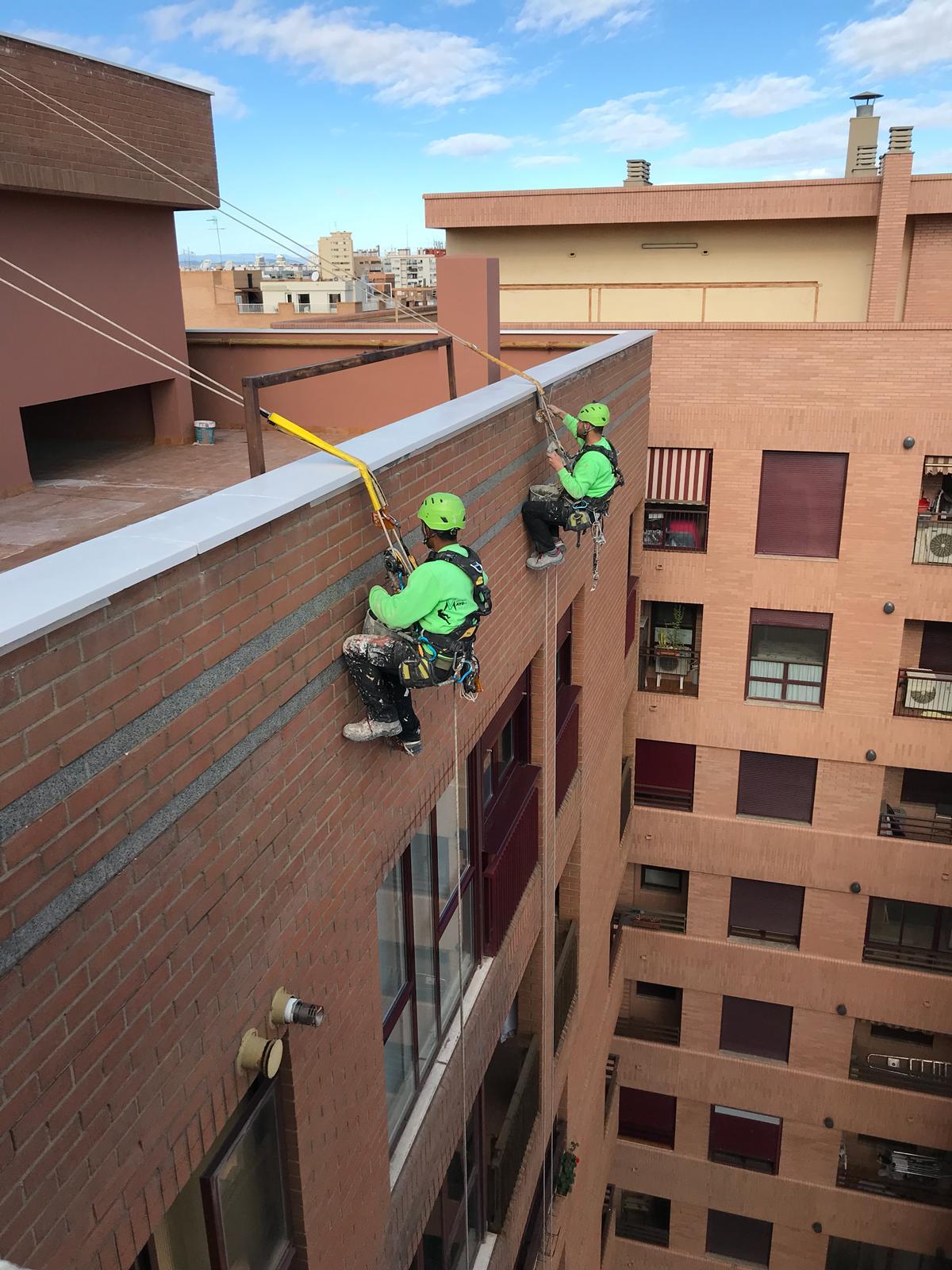 Empresas trabajos verticales valencia vertikalmayo for Saneamientos valencia